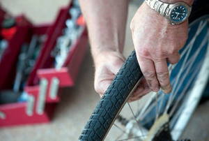 Repairing bicycle tire