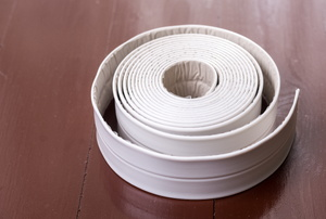 A roll of transition strips.
