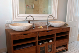 vanity faucet