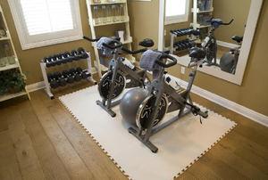 DIY Home Gym Hacks