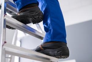 legs on a step Ladder