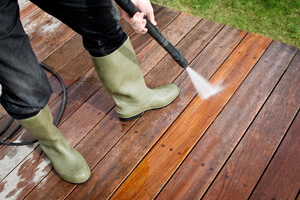 How to Resurface a Wood Deck