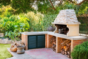 How to Weatherproof an Outdoor Kitchen