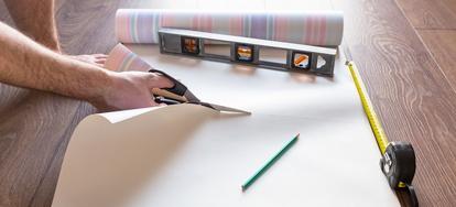 how to install vinyl wallpaper