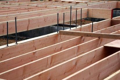 Redwood Lumber vs Douglas Fir Lumber | DoItYourself com