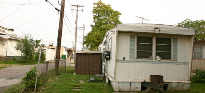 If You Have Lived In Your Mobile Home For Quite A While, You Might Be  Considering Expanding Your Living Space. If You Live In A Mobile Home Park,  ...