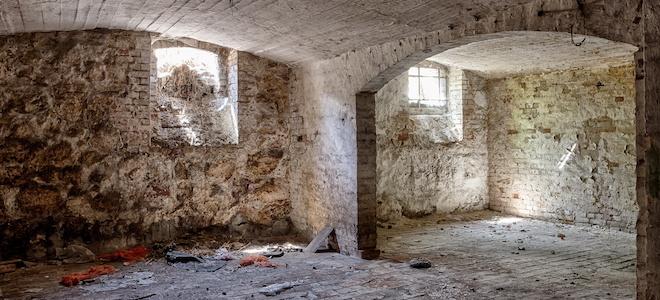 6 stone basement wall repair tips. Black Bedroom Furniture Sets. Home Design Ideas