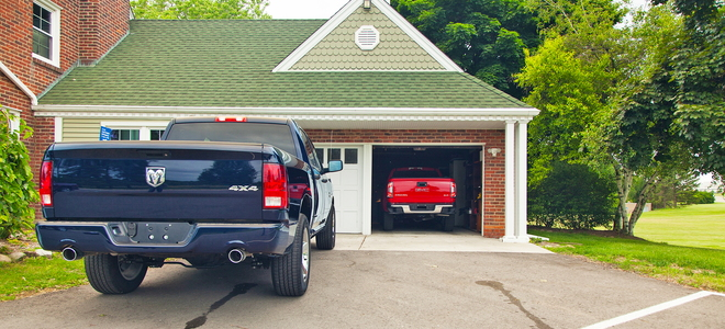 Do It Yourself Home Design: Cost Of Building A Detached Garage Vs Attached Garage