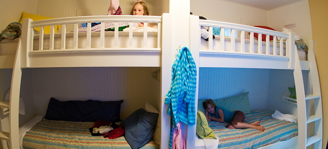 6 Mistakes To Avoid When Building A Bunk Bed Ladder Doityourself Com