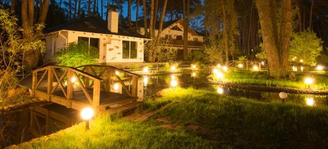 Low Voltage Landscape Lights
