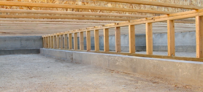 4 basic crawlspace repair tips doityourself this article explains basic precautions that can take to ensure your crawlspace stays free of odor mold solutioingenieria Gallery