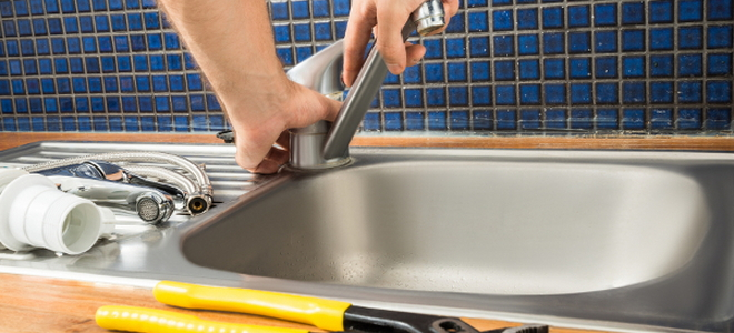 How to Repair a Single Handle Kitchen Faucet   DoItYourself.com