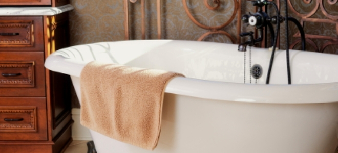 Bathtub Restoration Is It Cost Effective DoItYourselfcom - Bathtub restoration cost