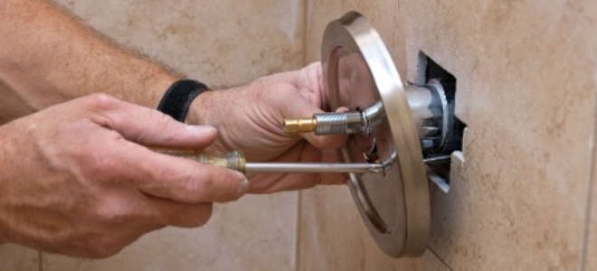 How to Replace a Single Lever Shower Faucet | DoItYourself.com