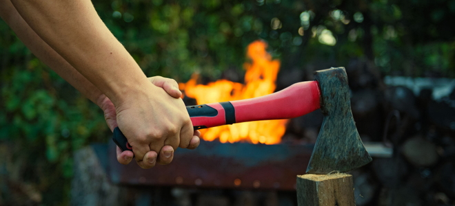 5 Differences Between a Hand Axe and a Hatchet 5 Differences Between a Hand Axe and a Hatchet
