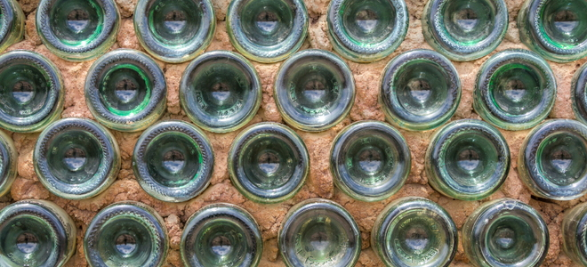Build a glass bottle wall for How to build a bottle wall