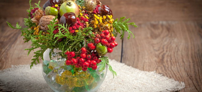 Fall decor in a vase.
