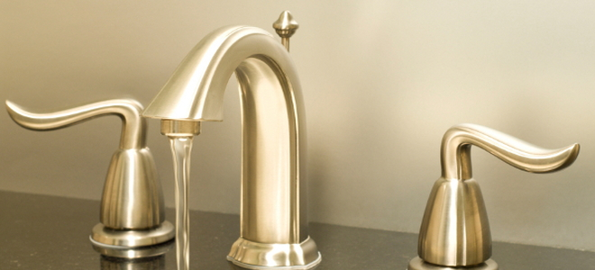 5 Types of Bathroom Sink Faucets | DoItYourself.com