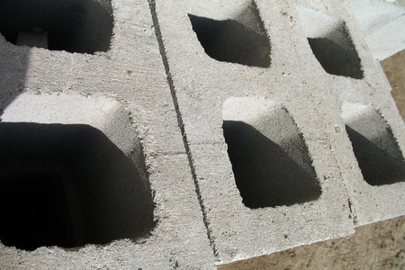 How To Make Lightweight Concrete Blocks Doityourself Com