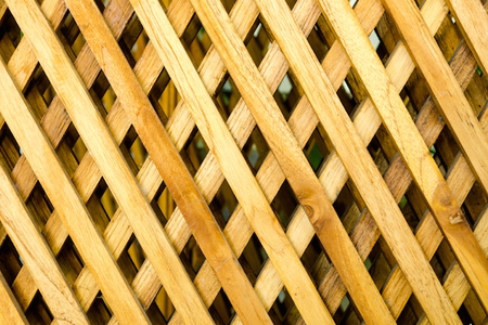 6 Tips For Cutting Lattice Panels Doityourself Com