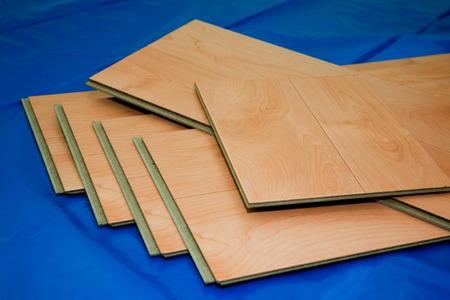 Applying Floor Sealant To Floating Laminate Flooring