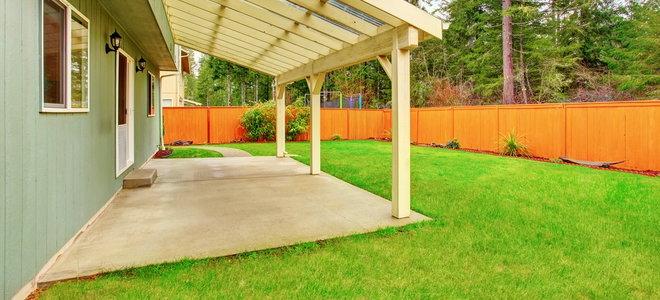 cover a concrete patio in pea gravel
