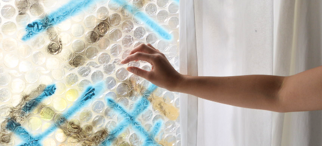 Winterize Windows with Inexpensive Bubble Wrap Insulation