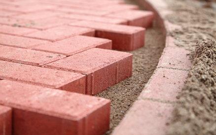 installing paver stones