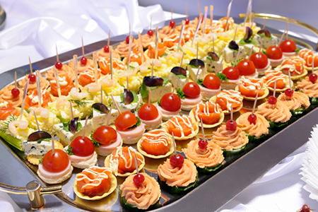https://cimg3.ibsrv.net/cimg/www.doityourself.com/700x319_100-1/467/wedding-reception-menu-467.jpg