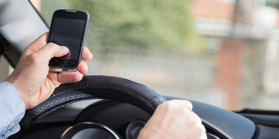 Esurance  Warns  Drivers  about  Distracted  Driving  Dangers