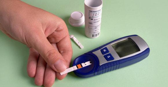 blood sugar test 2.jpg