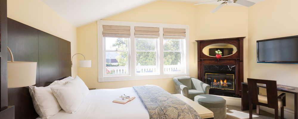 Guest room at Healdsburg Inn on the Plaza