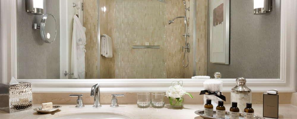 Fairmont Gold Bathroom shower