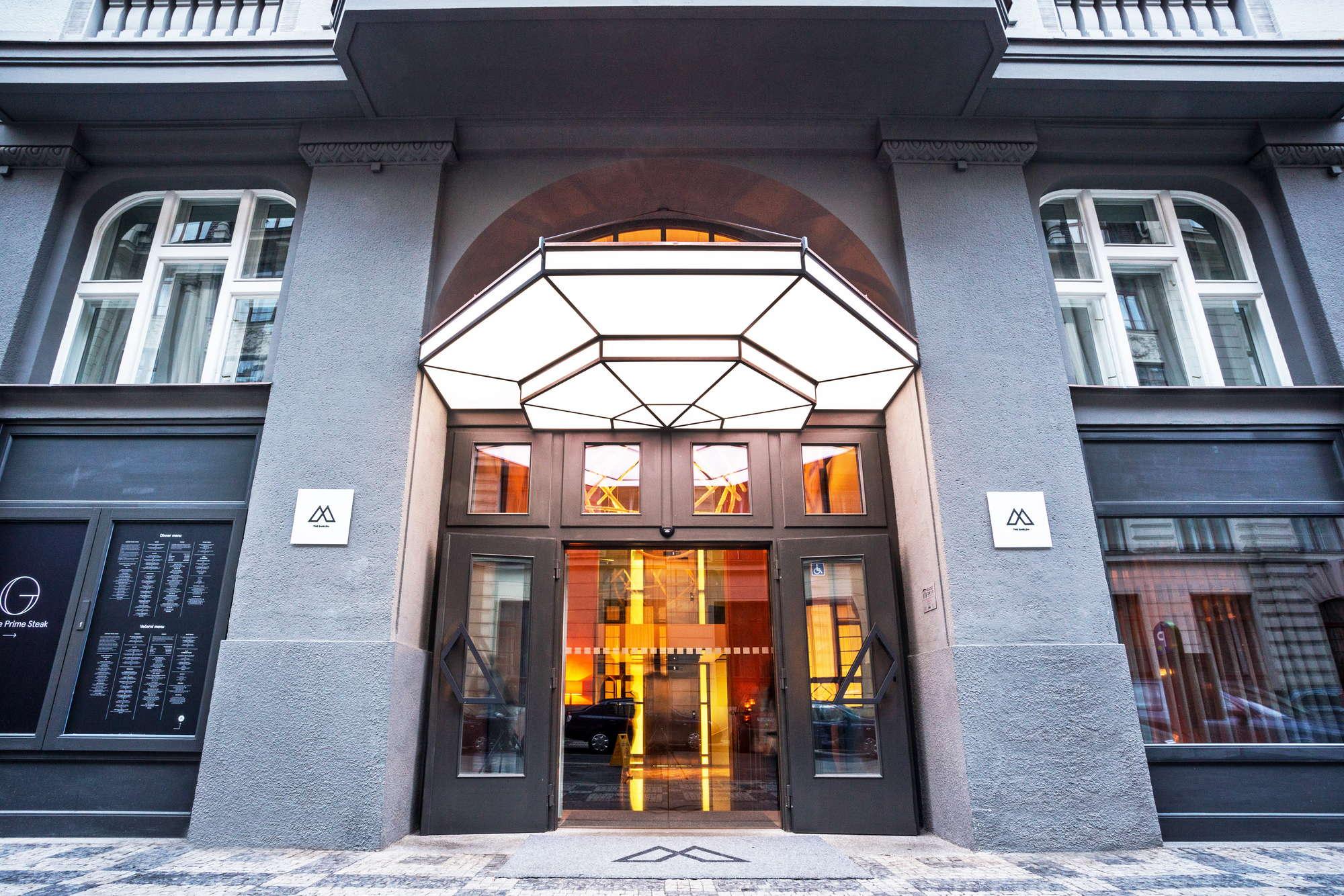 The Emblem Hotel prague的圖片搜尋結果