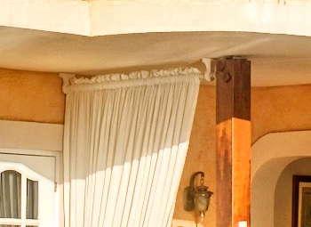 Little Arches Boutique Hotel: architecture.