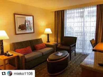 Embassy Suites Waikiki Beach Walk Expert Review Fodor S Travel