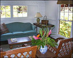 Ohia Cottage Living room