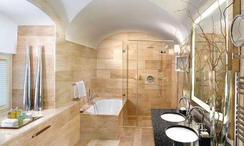 Lazar Suite Bathroom