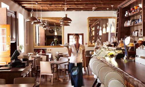 la Belle Bistro & Bakery - The Alphen Boutique Hotel