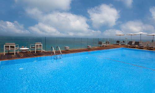 15th floor rooftop pool overlooking the sea