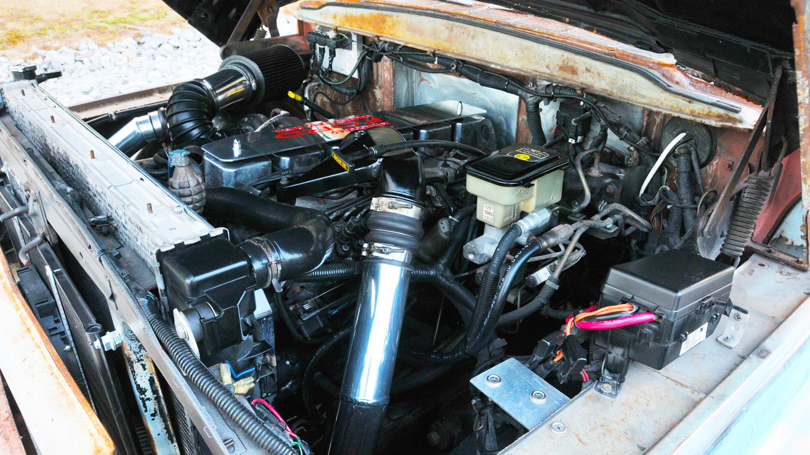 1959 F-100 Gets 12-Valve Cummins Diesel