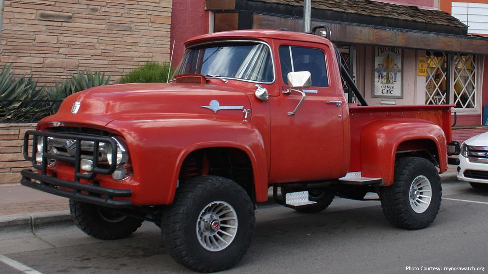 1956 Off-Road Ford Truck