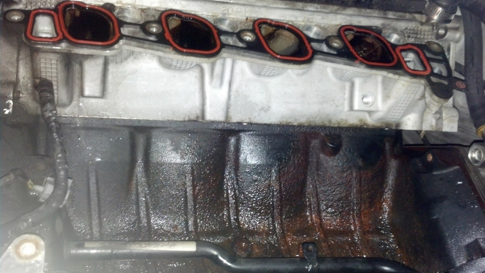 Youre Looking At The V Of An F  V With A Bad Oil Leak The Inside