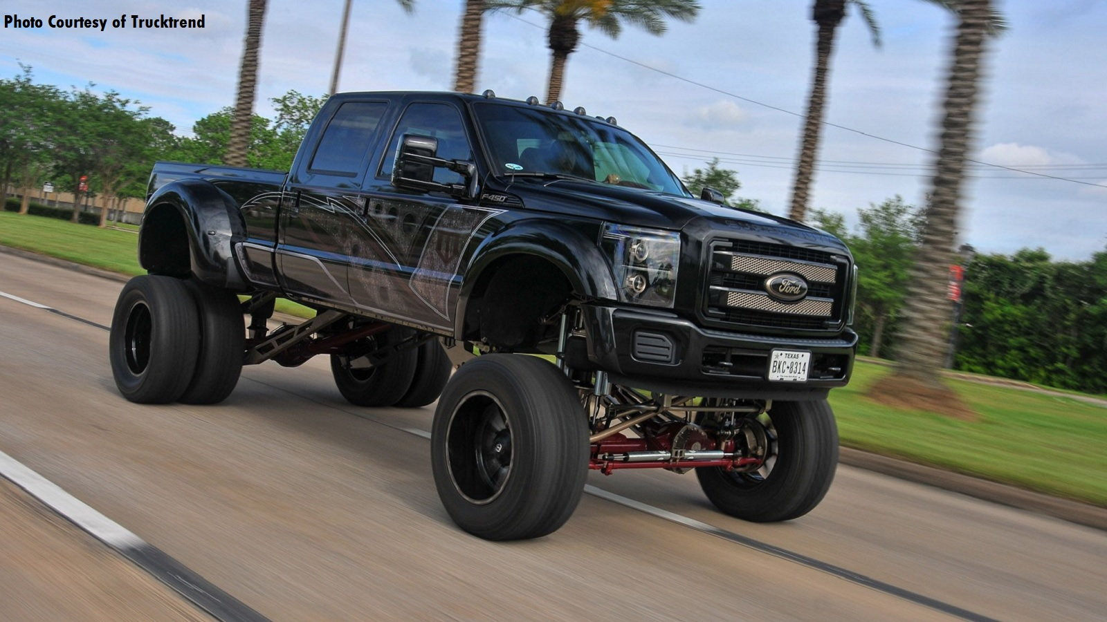 This F-450 Commands the Road