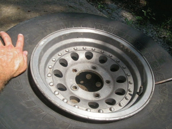 Separate tire from rim completely
