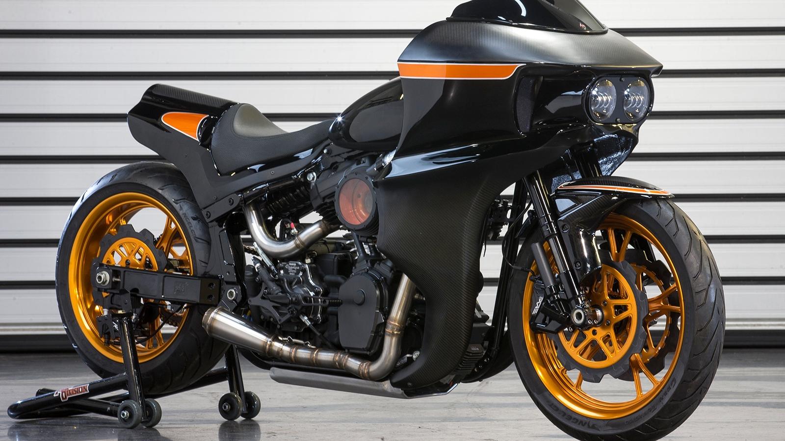 FXR Division Builds a Harley Davidson Fab Bob Roadracer