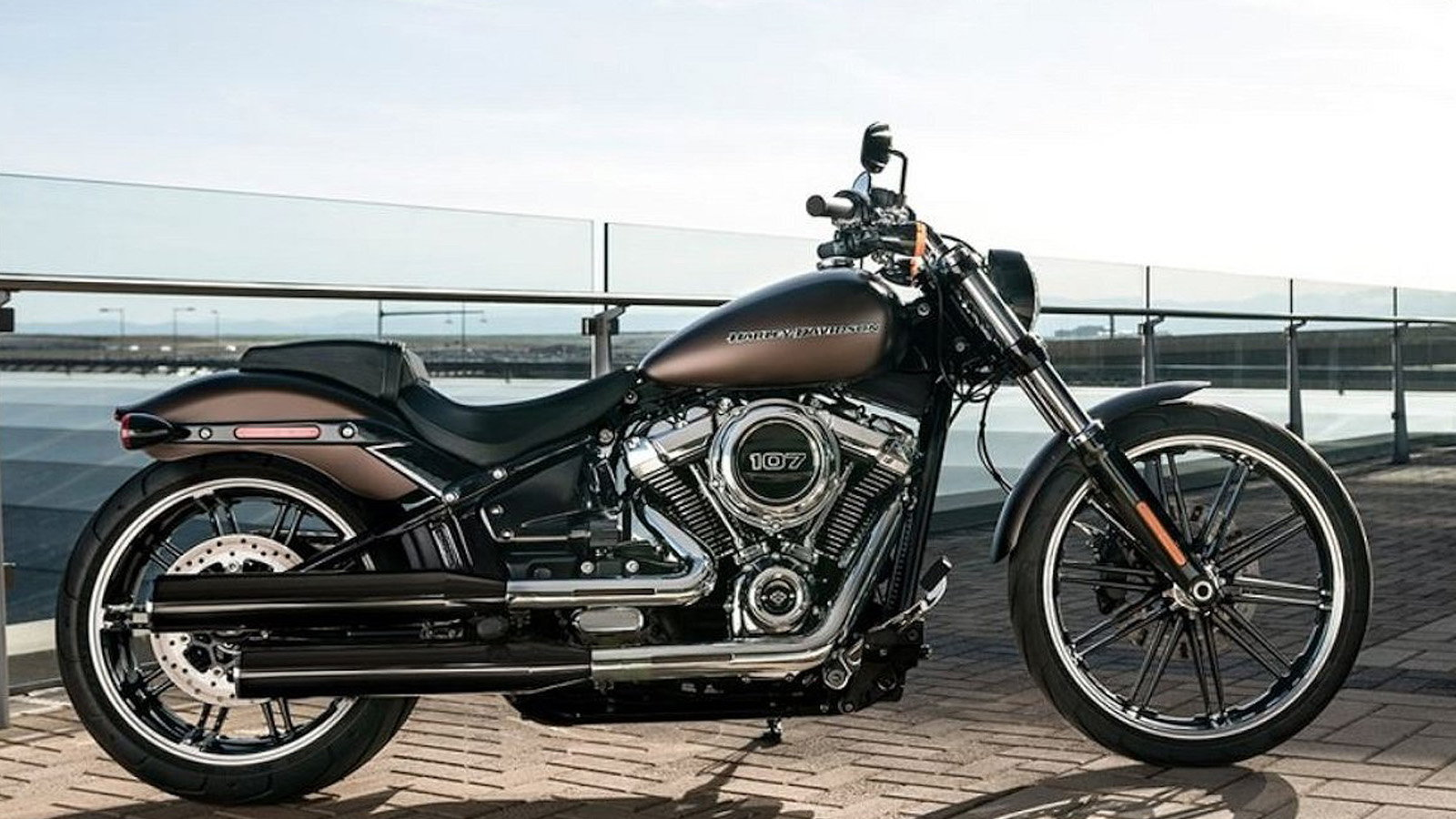 Revamped 2018 Softail Breakout FXBR is All Attitude