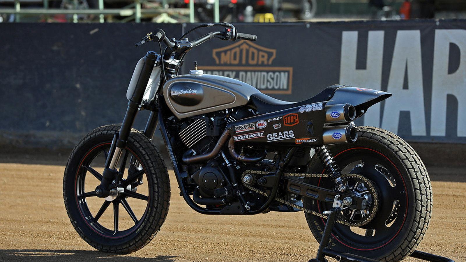 Harley-Davidson Street Rod 750 Tracker has Factory-Attitude