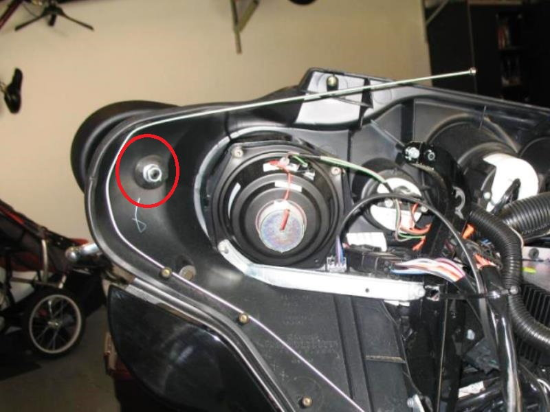Harley Davidson Touring How To Replace Side Mirror