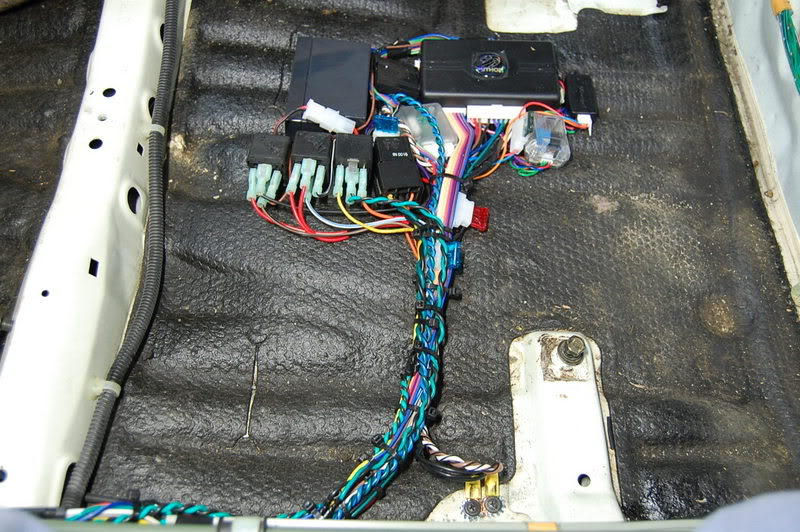 alarm050 41499 honda accord why does my alarm keep going off honda tech 1998 acura integra alarm wiring diagram at bayanpartner.co